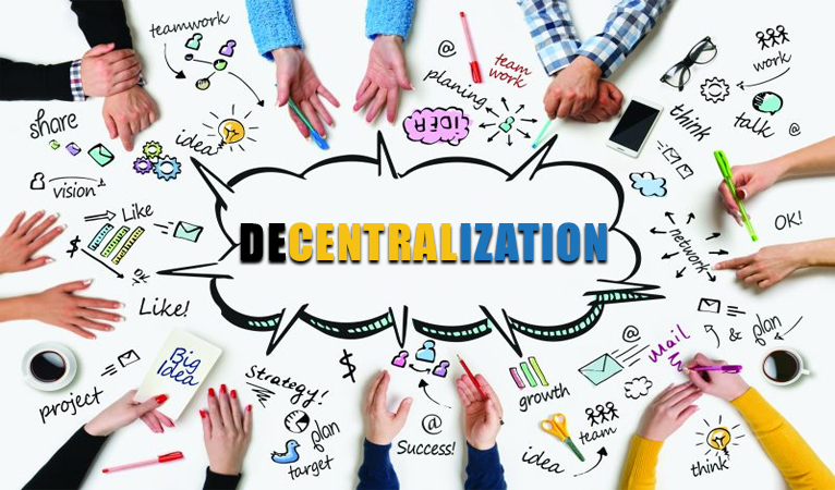 Decentralization and Centralization: Can They Get Along?