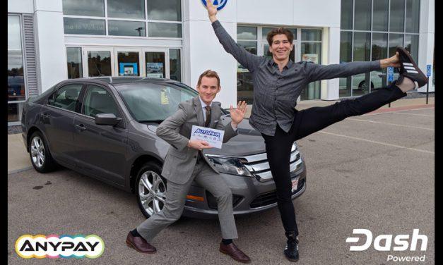 Un important concessionnaire automobile du New Hampshire accepte Dash et vend la première voiture en échange de Dash