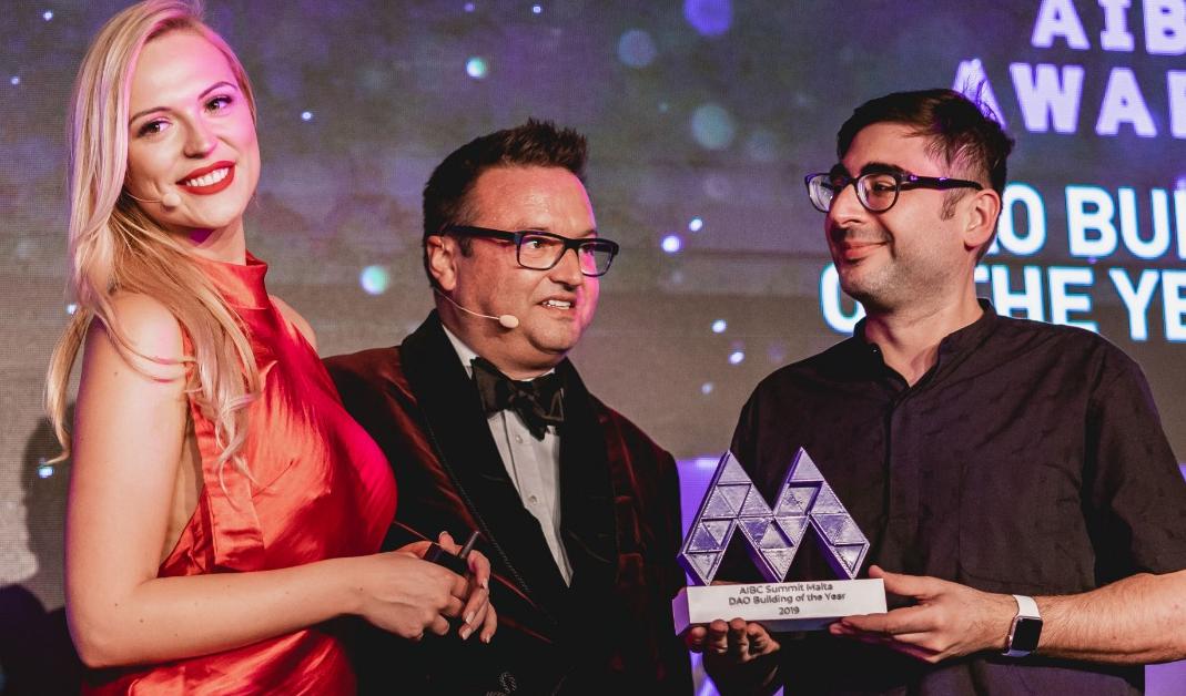 Dash gewinnt den DAO Innovation Award auf dem Malta Blockchain Summit