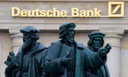 Top Deutsche Bank Officials Predict Cryptocurrency Becoming Mainstream by 2030